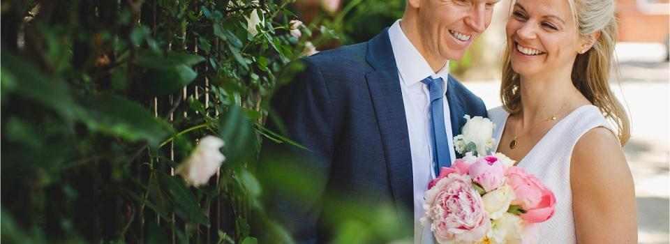 Alex & Pete – Kensington and Chelsea Register Office Wedding