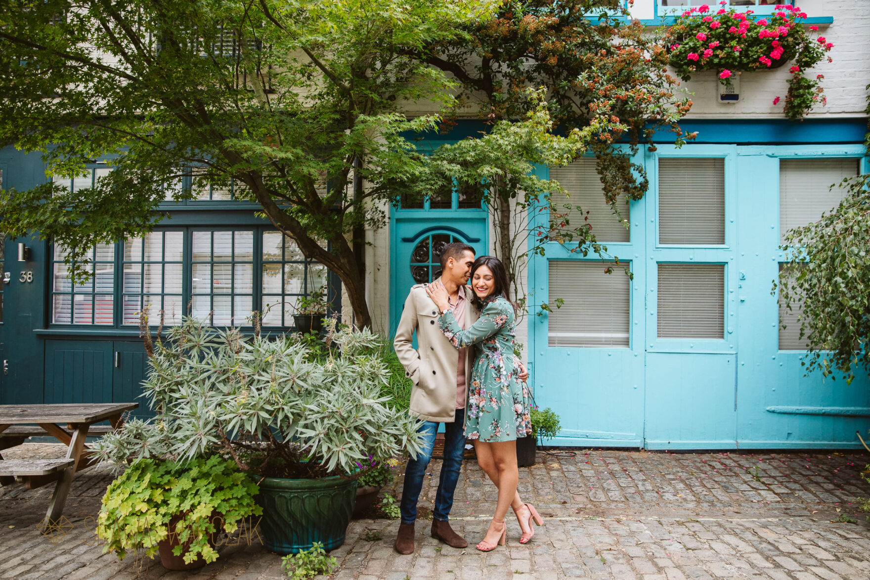 Asian pre wedding photos from London Mews